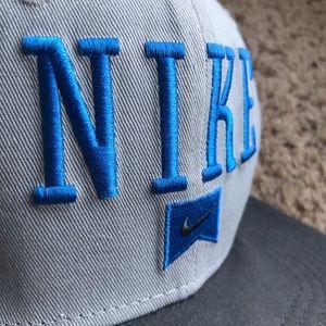 Nike Accessories - Nike SB Snap Back Flat Bill Hat Blue Gray Blac 90s